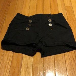 Highwasted shorts
